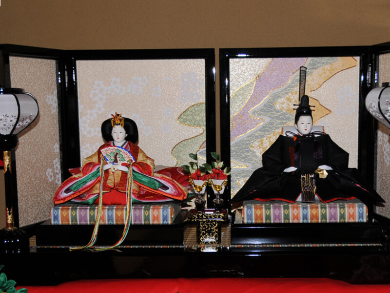 A couple of dairi-bina, the main part of a hinadan for the Japanese doll festival.