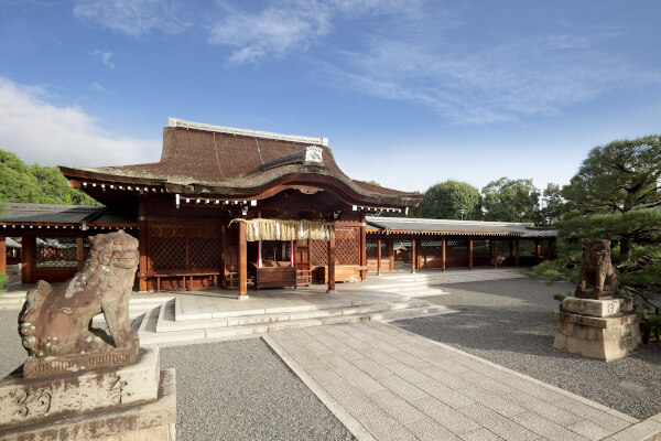 The main prayer hall of Jonangu Shrine.