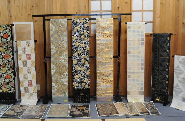 Various Obi made in the Watabun obi factory.